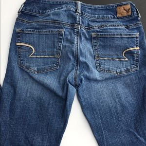 🦋 American Eagle Artist Jeans